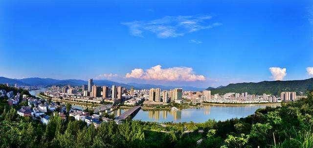四川广元:加快从整体连片贫困到同步全面小康的跨越